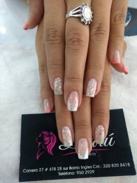 manicure hombre y mujer